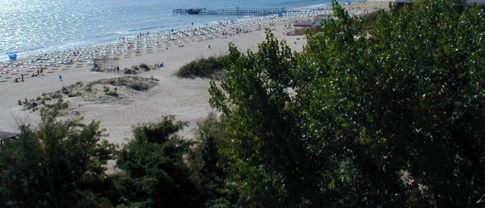 Цяло лято на море в хотел Аугуста!